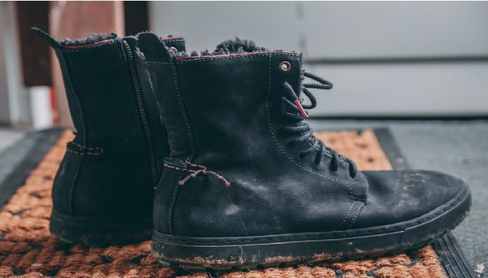 How to Wear Boots for Work & Fashion